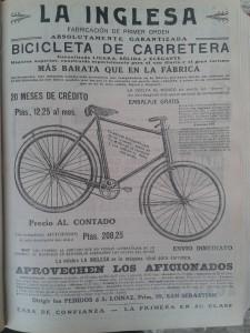Publicidad de una bicicleta de carretera.